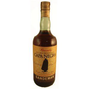 Botella antigua brandy capa negra